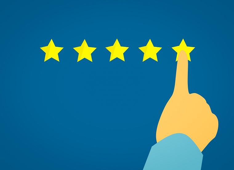 Tenha um espaço para avaliações no seu site já que avaliações positivas são importantes para sua marca